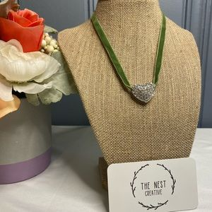 Vintage Green Necklace with Pendant